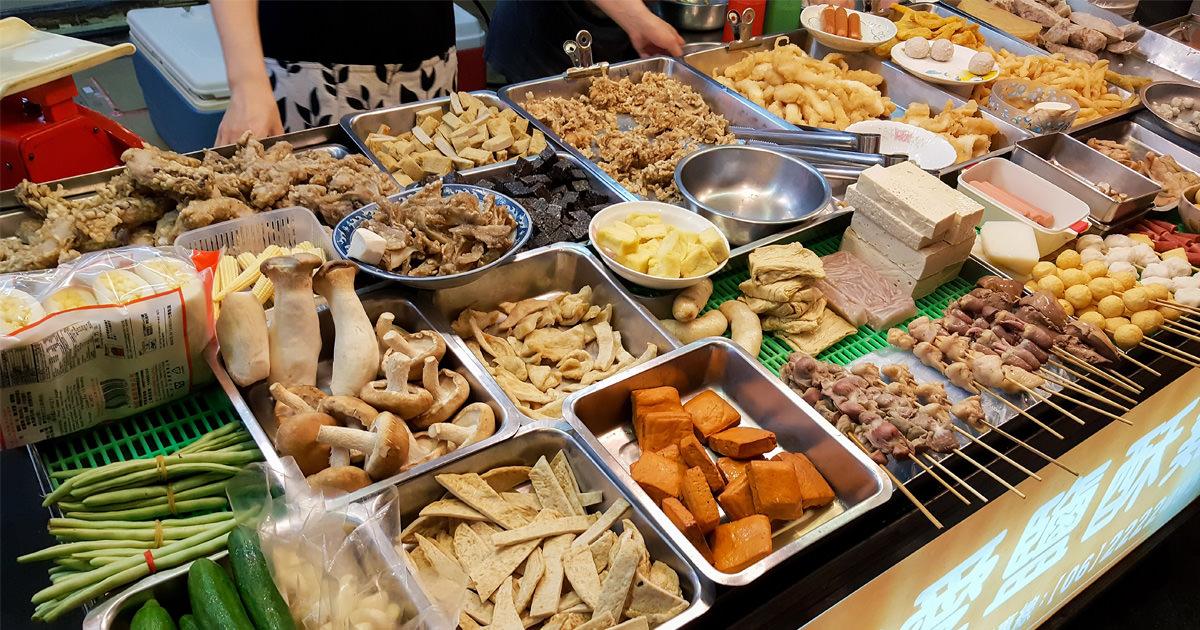 【台南南區美食】台南40年排隊美食|以前去南台.南都戲院必買~友愛鹹酥雞(新興分店)