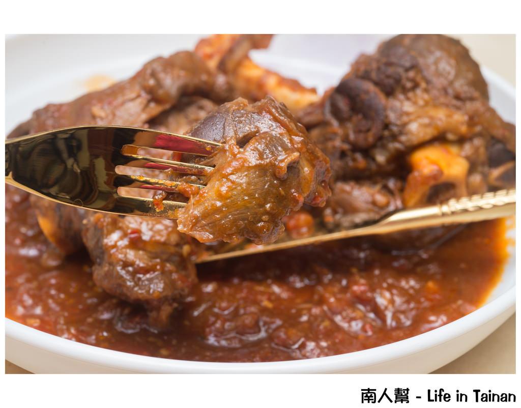 【宅配美食】宅在家的異國料理『蕃茄燉羊膝』 # 華膳空廚(網購美食) #