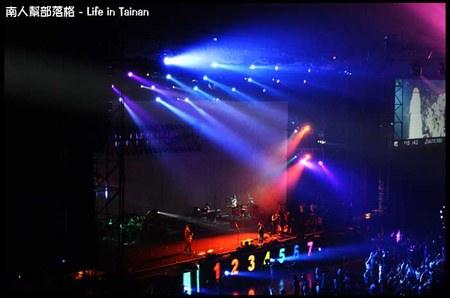 陳綺貞2011夏季練習曲世界巡迴最終站-09.jpg