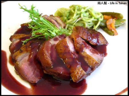羅萊義法廚房-香煎法式鴨胸佐黑櫻桃醬汁(套餐600元)02