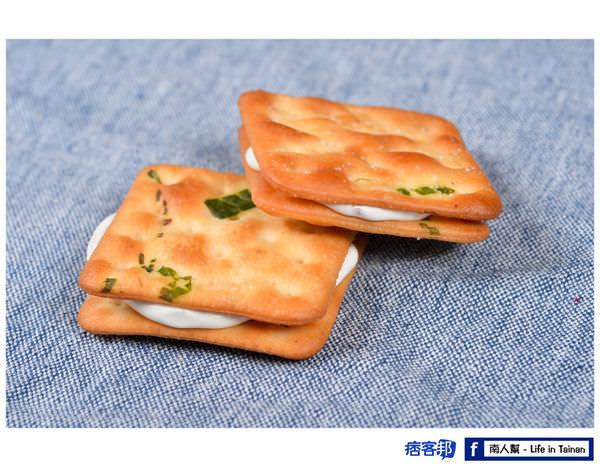 【台南市仁德區-美食】墨菲手工蛋糕  玫瑰香蔥Q餅(蛋糕.餅乾.甜品..等)