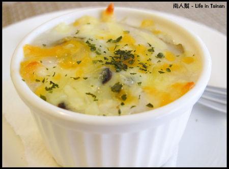 羅萊義法廚房-法式奶油焗烤田螺