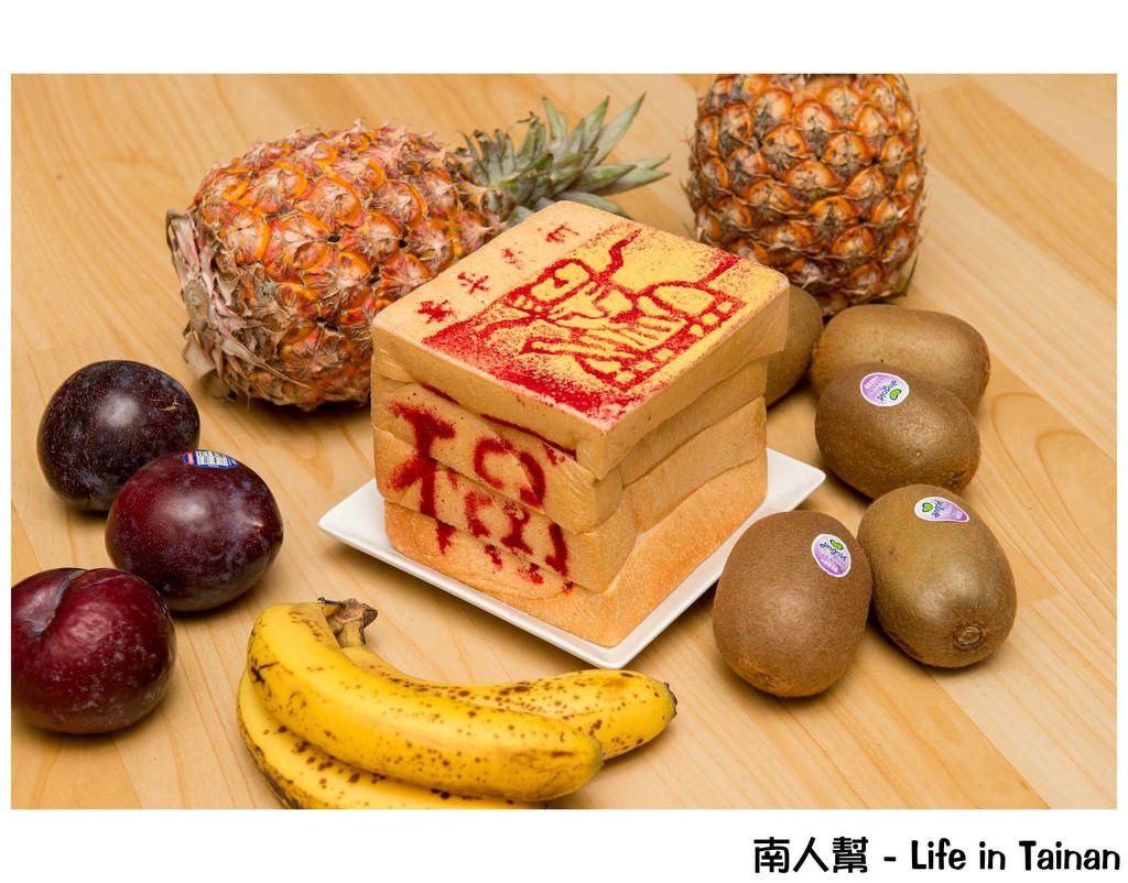 【台南資訊】金紙造型吐司│線香造型牛奶棒│可吃的金紙吐司這裡買…?!(內含廟會優質化展覽)